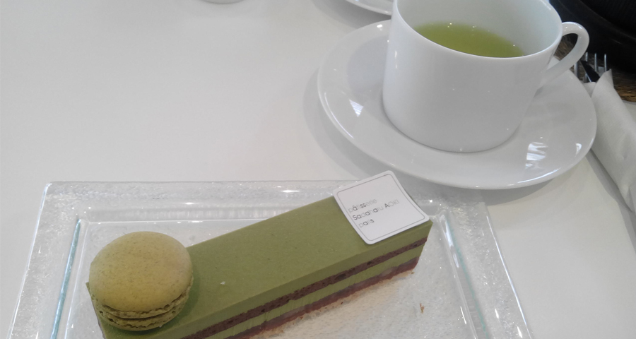 Instant sucré dans une pâtisserie Sadaharu Aoki