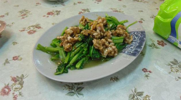 Les plats étranges à manger (ou pas) au night market de Longshan [Attention aux estomacs sensibles]